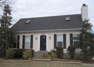 Pre Foreclosure in Louisville 40291 GUTENBERG RD - Property ID: 1413740367