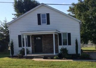 Pre Foreclosure in Saint Anthony 47575 E SOUTH ST - Property ID: 1413796427