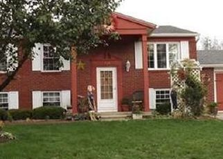 Pre Foreclosure in Shelbyville 46176 WINDSOR DR - Property ID: 1413825777