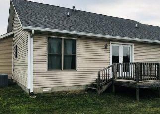 Pre Foreclosure in Trafalgar 46181 DUNN DR - Property ID: 1413828394