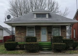 Pre Foreclosure in Shelbyville 46176 S WEST ST - Property ID: 1413847228