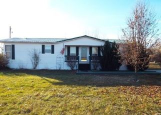 Pre Foreclosure in Poseyville 47633 GIBSON COUNTY LINE RD - Property ID: 1413851620