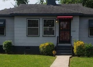 Pre Foreclosure in Birmingham 35211 FULTON AVE SW - Property ID: 1413929126
