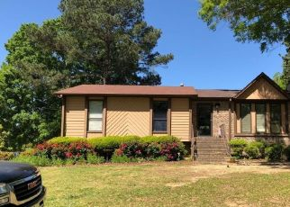 Pre Foreclosure in Gardendale 35071 PLATEAU DR - Property ID: 1413934834
