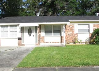 Pre Foreclosure in Jacksonville 32216 MANDELL DR - Property ID: 1413975110