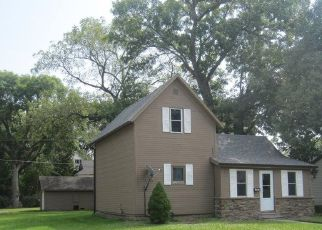 Pre Foreclosure in Perry 50220 W 2ND ST - Property ID: 1413993518