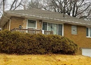 Pre Foreclosure in Des Moines 50310 ALLISON AVE - Property ID: 1414073673