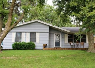 Pre Foreclosure in Des Moines 50317 E 40TH ST - Property ID: 1414102573