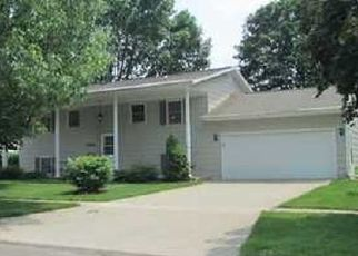 Pre Foreclosure in Marion 52302 25TH AVE - Property ID: 1414162578