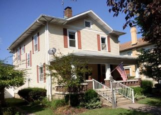 Pre Foreclosure in Winchester 47394 S EAST ST - Property ID: 1414216444