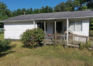 Pre Foreclosure in Medaryville 47957 W 300 N - Property ID: 1414312809