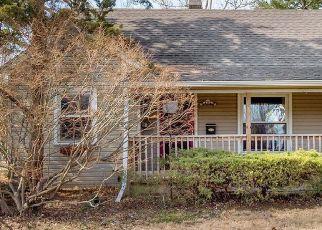 Pre Foreclosure in La Grange 60525 W PLAINFIELD RD - Property ID: 1414389446