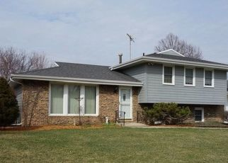 Pre Foreclosure in Joliet 60431 DOGWOOD CT - Property ID: 1414390767
