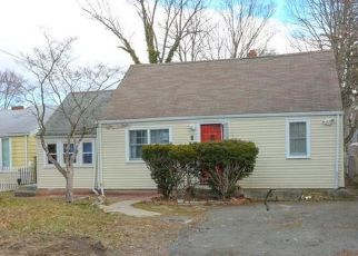 Pre Foreclosure in Norwalk 06850 FILLOW ST - Property ID: 1414823478