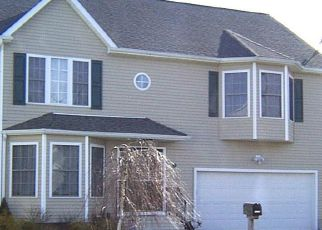 Pre Foreclosure in Bridgeport 06606 CHAMBERLAIN PL - Property ID: 1414826991