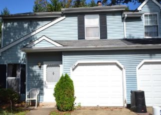 Pre Foreclosure in Warminster 18974 WINDING WAY - Property ID: 1414998669