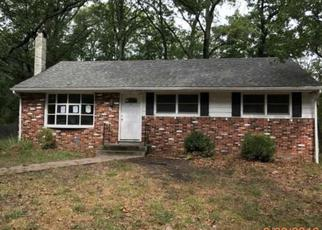 Pre Foreclosure in Browns Mills 08015 GARDEN AVE - Property ID: 1415501915