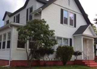 Pre Foreclosure in Attleboro 02703 MAPLE ST - Property ID: 1415554459