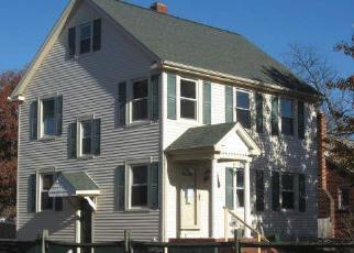 Pre Foreclosure in Glen Burnie 21061 3RD AVE SE - Property ID: 1415811551