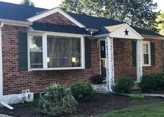 Pre Foreclosure in York 17402 S KERSHAW ST - Property ID: 1415961332
