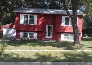 Pre Foreclosure in Loves Park 61111 PLATEAU AVE - Property ID: 1416077396