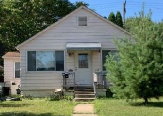 Pre Foreclosure in Lincoln Park 48146 WHITE AVE - Property ID: 1416119443