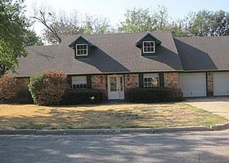 Pre Foreclosure in Fort Worth 76133 GLENMONT DR - Property ID: 1417175845