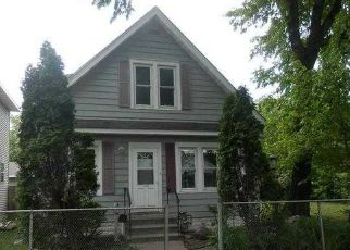 Pre Foreclosure in Saint Paul 55117 WINNIPEG AVE - Property ID: 1419610532