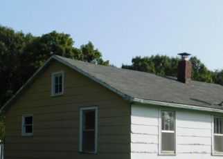 Pre Foreclosure in Munith 49259 DUNN RD - Property ID: 1419732283