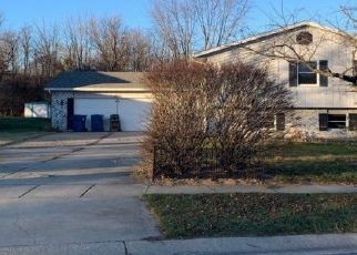 Pre Foreclosure in Lowell 46356 TIMBER SPRINGS RD - Property ID: 1420137410
