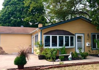 Pre Foreclosure in Montgomery 60538 SHEFFIELD RD - Property ID: 1420381366