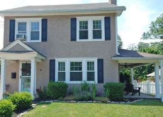 Pre Foreclosure in Hightstown 08520 TAYLOR AVE - Property ID: 1420887669