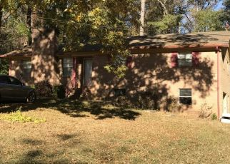 Pre Foreclosure in Salisbury 28144 HOLLINS DR - Property ID: 1421173666