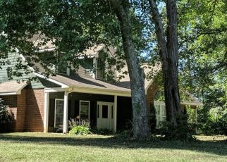 Pre Foreclosure in Statesville 28677 GALAX DR - Property ID: 1421178927