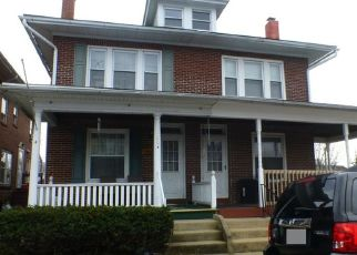 Pre Foreclosure in Reading 19605 BERNHART AVE - Property ID: 1422119686