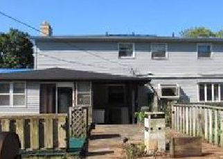 Pre Foreclosure in Redford 48239 GRAYFIELD - Property ID: 1422568610