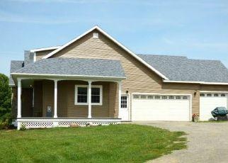 Pre Foreclosure in Hamilton 13346 E LAKE RD - Property ID: 1422837979