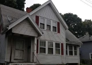 Pre Foreclosure in Lynn 01905 LINWOOD ST - Property ID: 1422846731