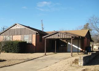 Pre Foreclosure in Tulsa 74107 S 34TH WEST AVE - Property ID: 1422918552