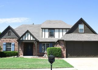 Pre Foreclosure in Bixby 74008 E 142ND ST S - Property ID: 1422942193
