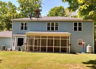 Pre Foreclosure in Chapin 29036 OLD HILTON RD - Property ID: 1423280763