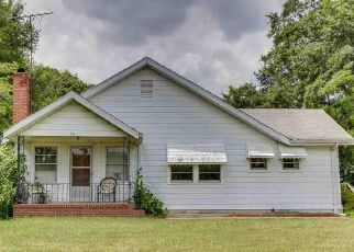 Pre Foreclosure in Greenville 29615 HUDSON RD - Property ID: 1423293454
