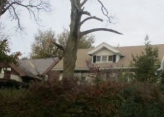 Pre Foreclosure in Toledo 43614 BROADWAY ST - Property ID: 1423962686