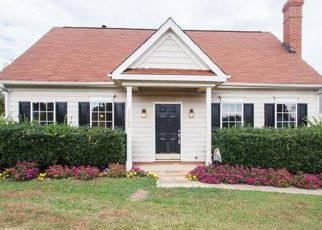 Pre Foreclosure in Charlotte 28213 PERNELL LN - Property ID: 1424061223