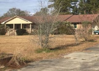 Pre Foreclosure in Tabor City 28463 HOWARD COX RD - Property ID: 1424224138