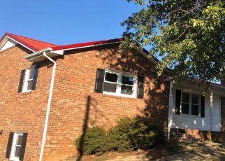 Pre Foreclosure in Walkertown 27051 WICKENHAM RD - Property ID: 1424254368