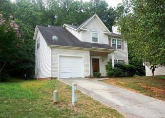 Pre Foreclosure in Charlotte 28269 EDMONTON PL - Property ID: 1424256112
