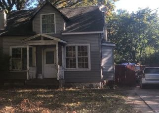 Pre Foreclosure in Yaphank 11980 GERMAN BLVD - Property ID: 1424401985