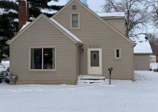 Pre Foreclosure in Saint Paul 55109 12TH AVE E - Property ID: 1424768109