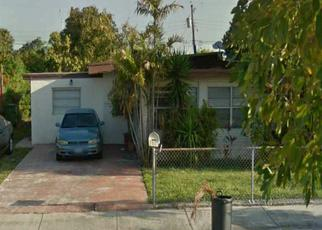 Pre Foreclosure in Hialeah 33013 E 41ST ST - Property ID: 1424885491